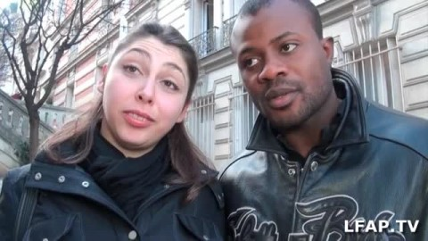 Plaisirs bucaux pour ce couple libertin interracial