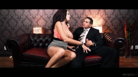 Porcha Sins est une pornstar sublime qui aime se faire plaisir