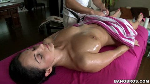 Ava Addams pipe son masseur