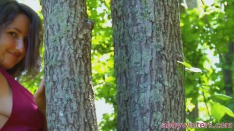 Petite caresses en forêt