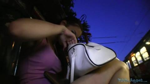 Une amatrice torride pour une scène de cul